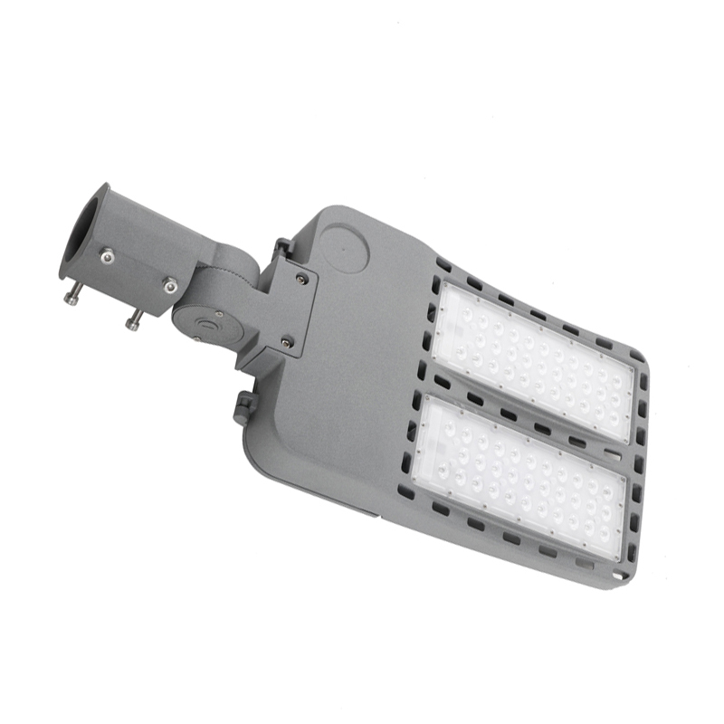 80W-200W Waterproof IP65 LED Outdoor Parking Lot Street Lights